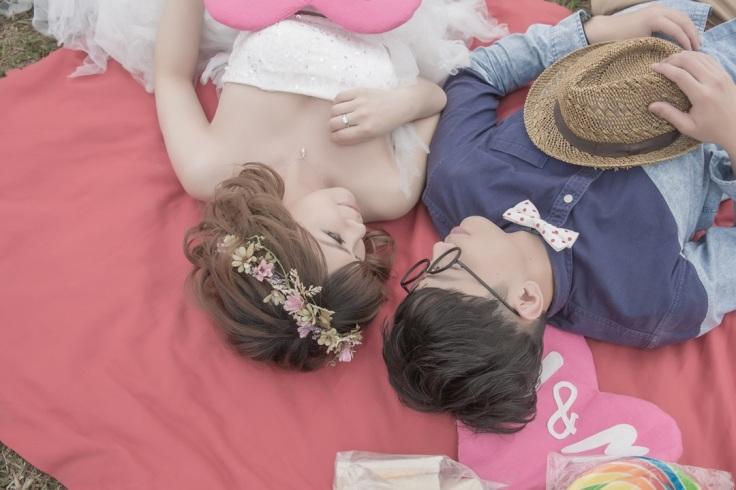 <俏皮自助婚紗>賞櫻野餐趣~